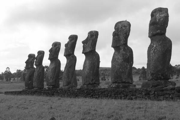 Seven magnificent moai
