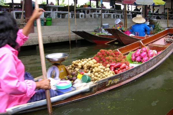 Floating market stall